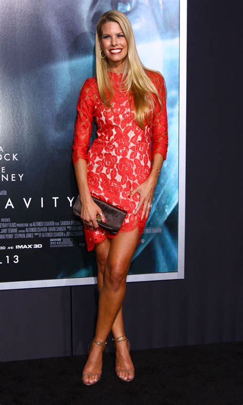 Beth Ostrosky Stern : WALLPAPERS For Everyone