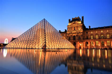 Airbnb launches sleepover competition at the Louvre | The